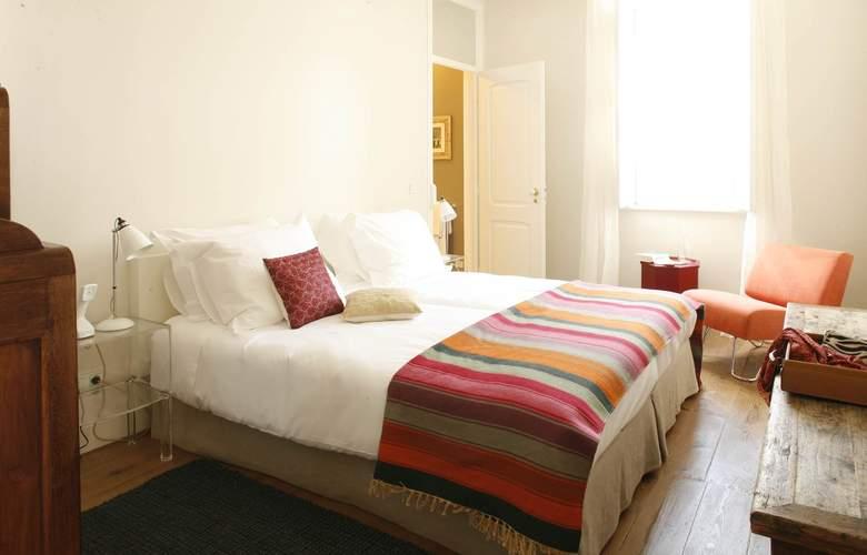 Casa Das Janelas Com Vista - Room - 5