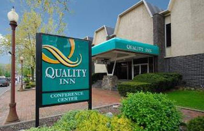 Quality Inn & Conference Center - Hotel - 0