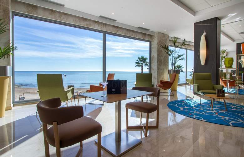 Gran Hotel Sol y Mar - Restaurant - 21