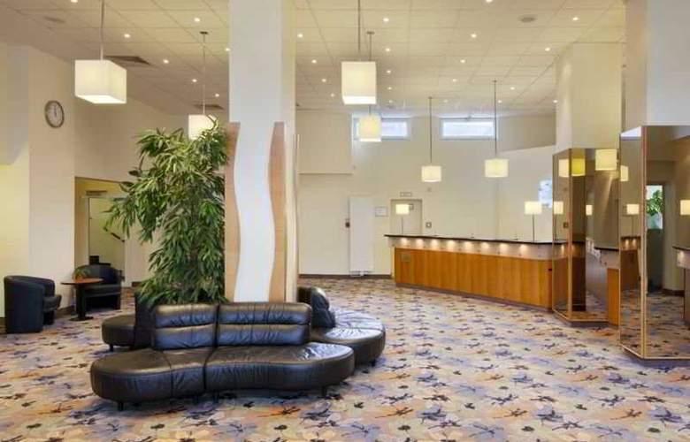 Holiday Inn Berlin Mitte - General - 2