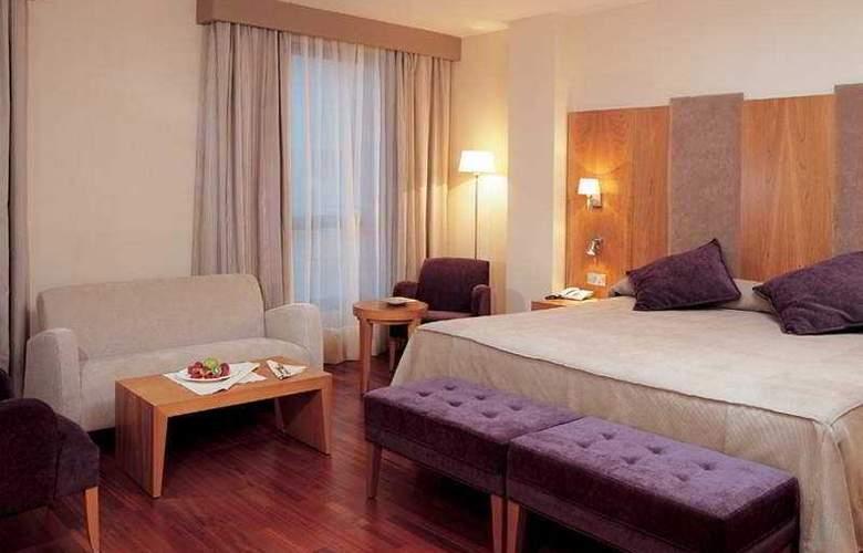 NH Ciudad de Almeria - Room - 2