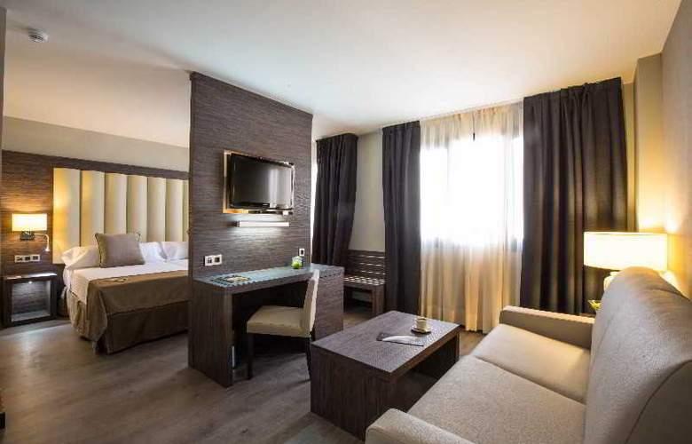 Sercotel Gran Luna de Granada - Room - 35