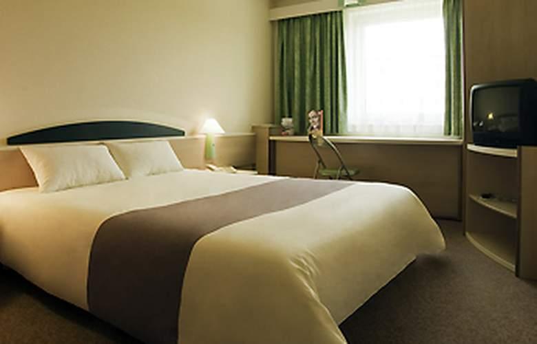 Ibis Berlin Spandau - Hotel - 0