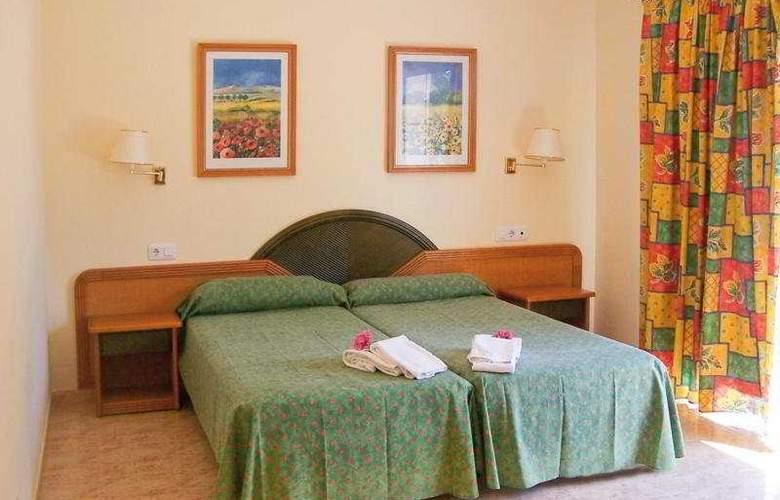 Azuline Marina Parc - Room - 4