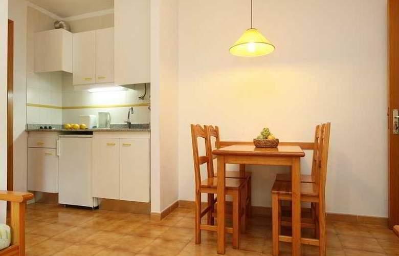 Massol Apartamentos - Room - 3