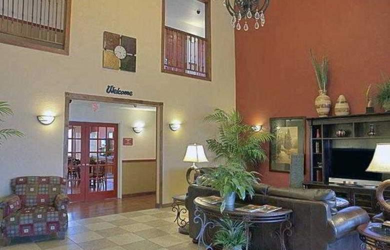Best Western Plus Sherwood Inn & Suites - Hotel - 10
