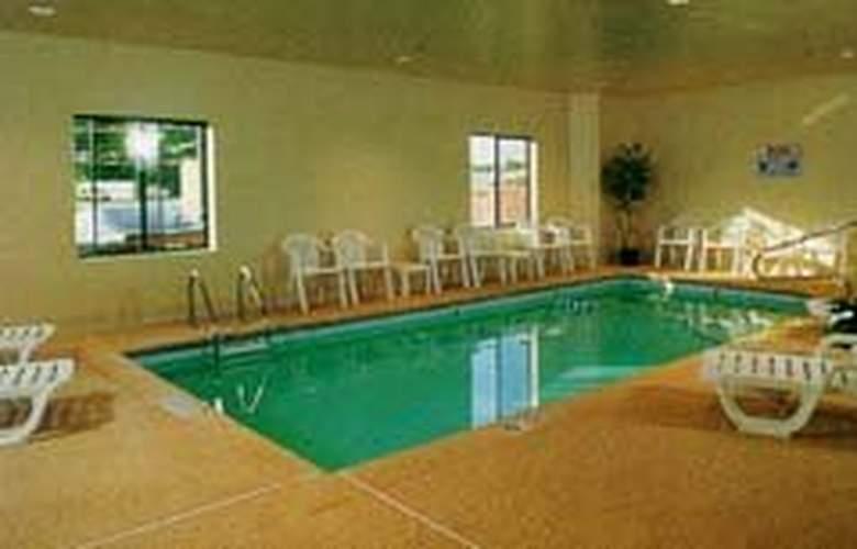Sleep Inn (McDonough) - Pool - 2
