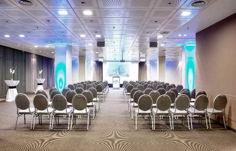 Estrel Hotel Berlin - Conference - 15