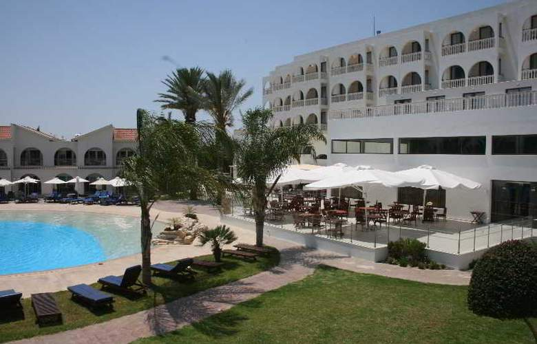 Princess Beach - Hotel - 9