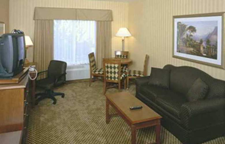 Hampton Inn and Suites CAL Expo - Hotel - 10
