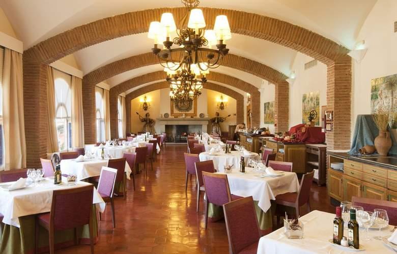 Parador de Benavente - Restaurant - 4