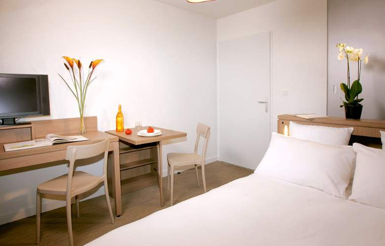 Appart City Marseille Euromed - Room - 6