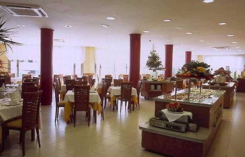 Fenals Garden - Restaurant - 10
