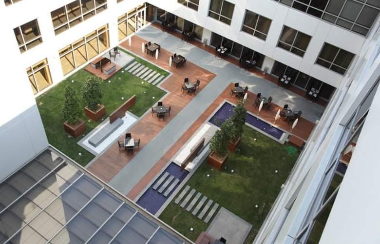 ISG Airport Hotel - Hotel - 7