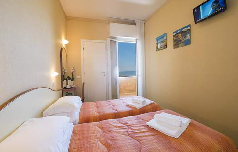 Crosal - Hotel - 4