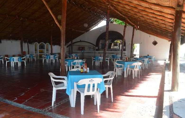 Concierge Plaza San Rafael - Restaurant - 25