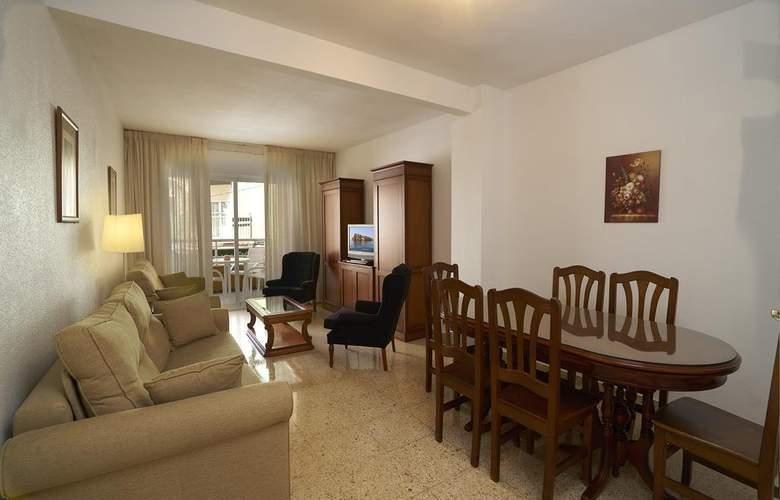 Apartamentos Maja - Room - 3