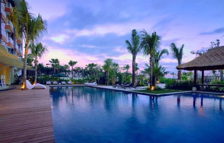 Favehotel Umalas Bali - Pool - 3