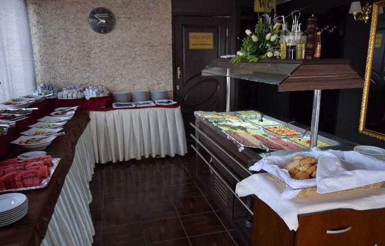 Airboss Hotel - Restaurant - 3