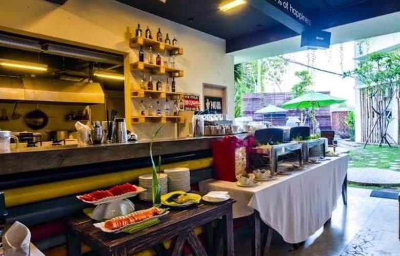 Grandmas Tuban Hotel - Restaurant - 10