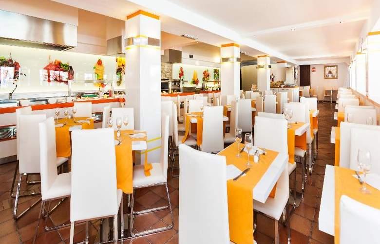 Globales Cortijo Blanco - Restaurant - 35