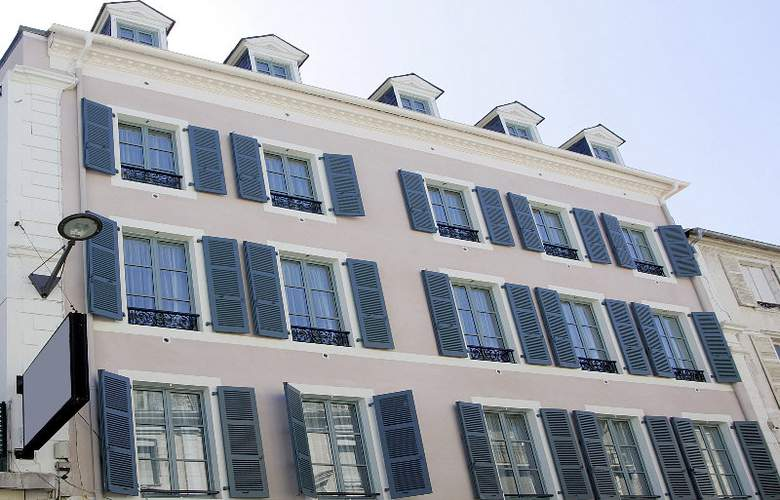 Appart´City Pau Centre - Hotel - 5