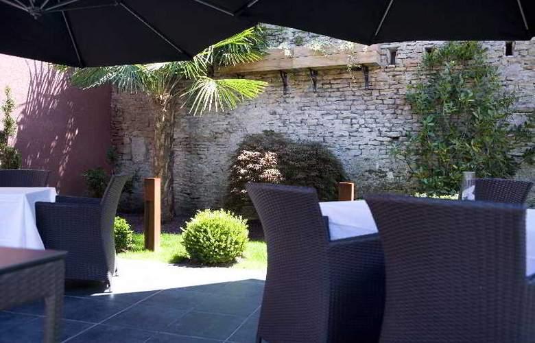 Ivan Vautier Hotel Restaurant Spa - Terrace - 4