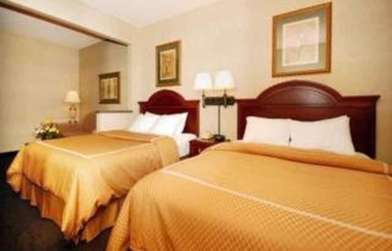 Comfort Suites - Room - 2