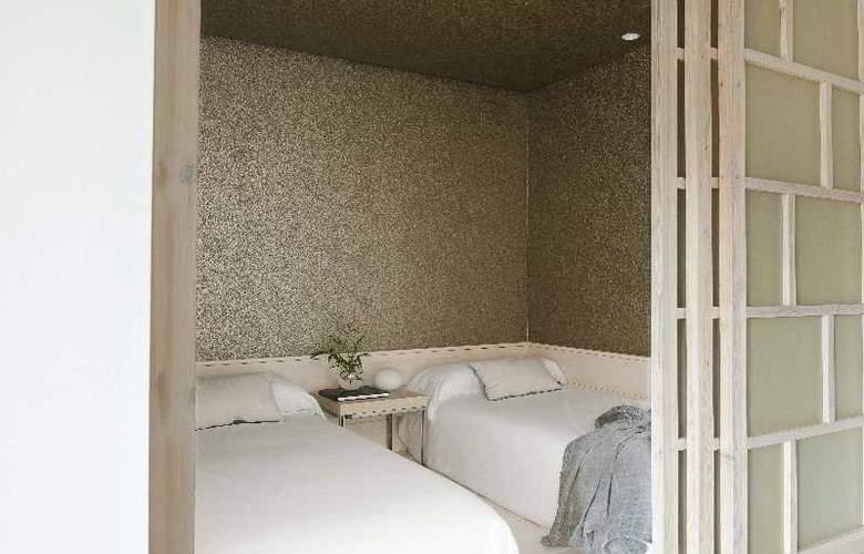 Eric Vokel Gran Via Suites - Room - 11