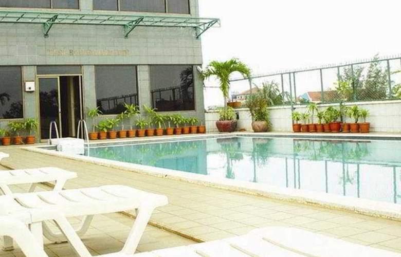 Casa Hotel Phnom Penh - Pool - 5