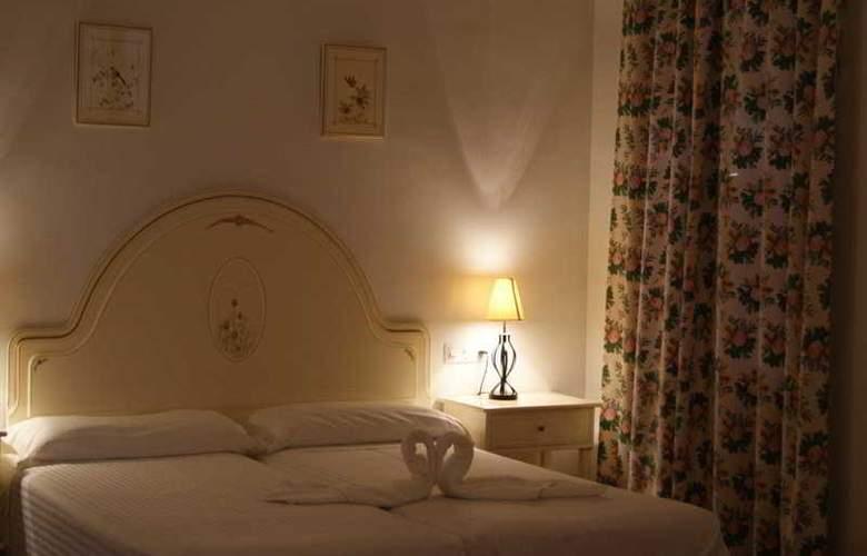 Maria Luisa - Room - 4