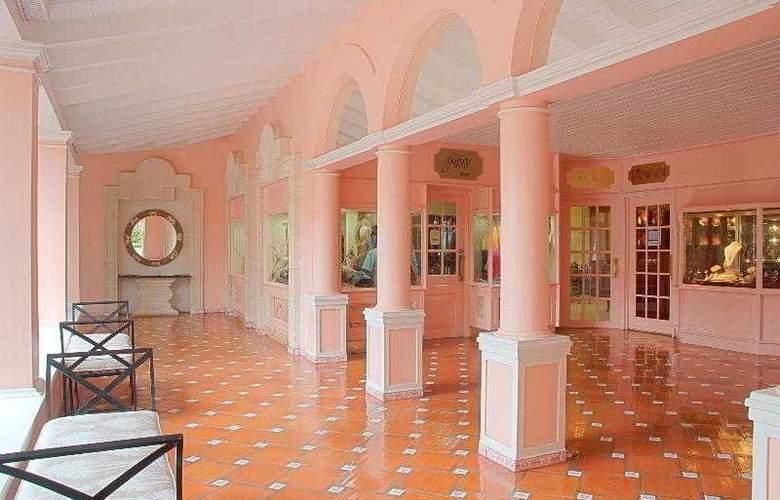 The Fairmont Royal Pavilion - Hotel - 9