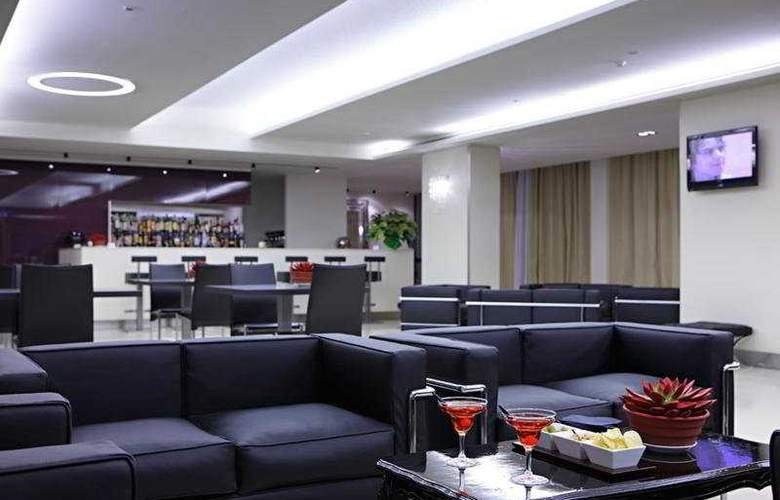 Just Hotel Lomazzo Fiera - Bar - 4