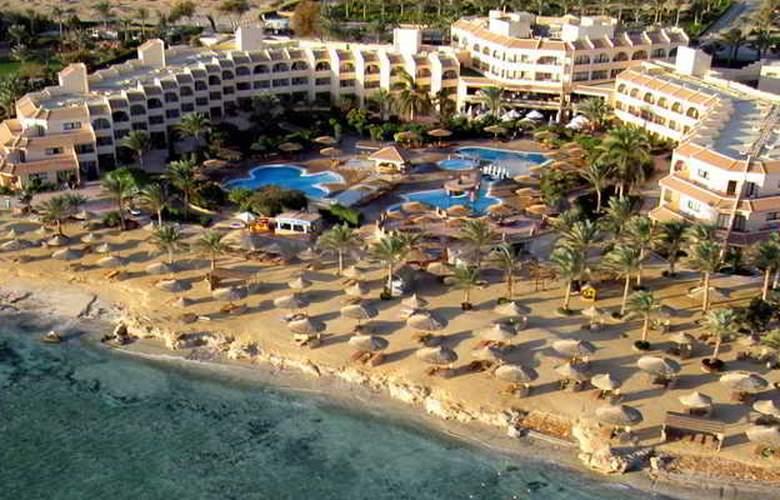 Flamenco Beach Resort - Hotel - 5