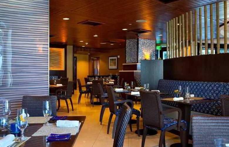 Hilton Fort Lauderdale Beach Resort - Hotel - 8