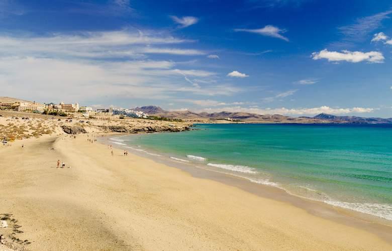 H10 Sentido Playa Esmeralda - Beach - 30
