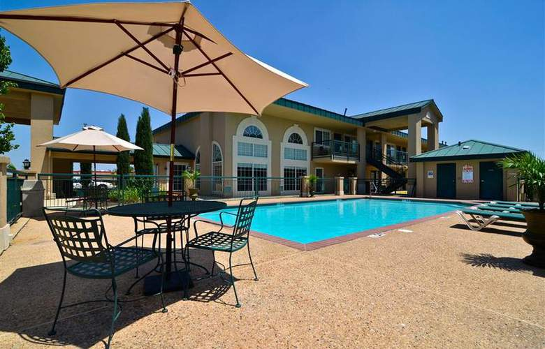 Best Western Plus Marble Falls Inn - Pool - 34