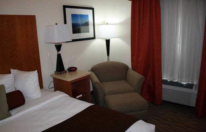 Best Western Plus Park Place Inn - Hotel - 40