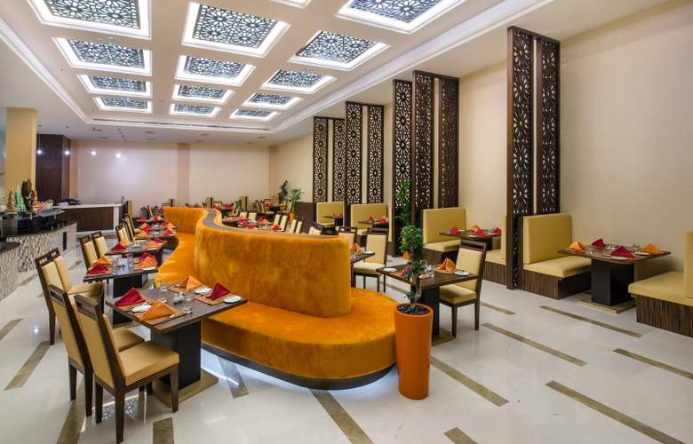 Western Madinat Zayed - Restaurant - 6