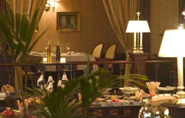 Marriott Grand - Restaurant - 3