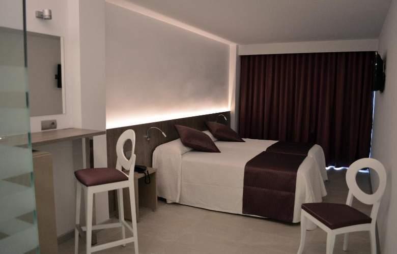 El Puerto Ibiza Hotel Spa - Room - 16