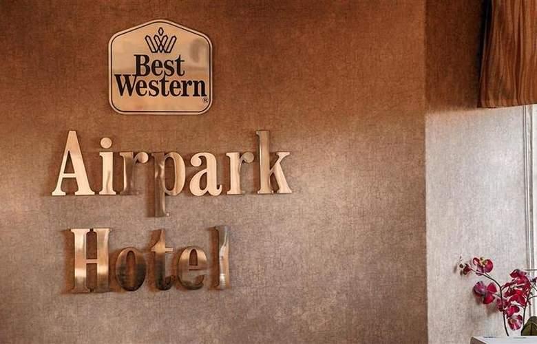 Best Western Airpark Hotel - Hotel - 22