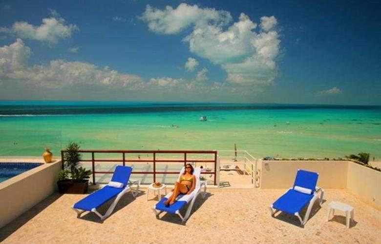 Ixchel Beach Hotel - Beach - 4