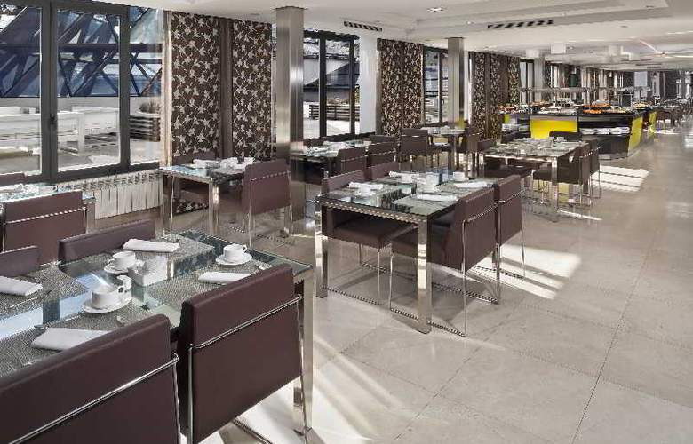Meliá Sol y Nieve - Restaurant - 35