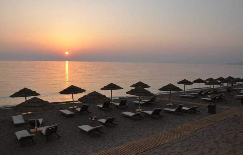 Euroxenia Messina Mare - Beach - 19