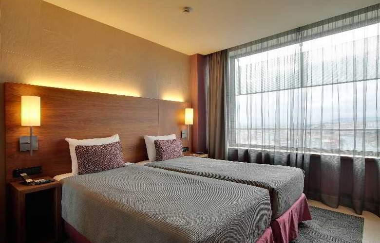 Rafael Hoteles Badalona - Room - 23