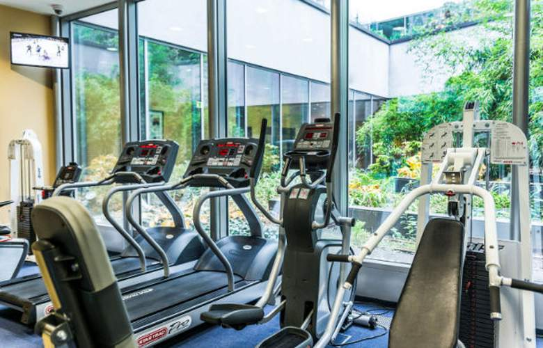 Courtyard by Marriott Prague City - Sport - 6