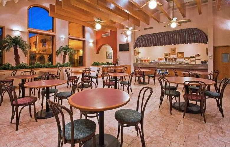 Holiday Inn Express Chihuahua - Hotel - 14