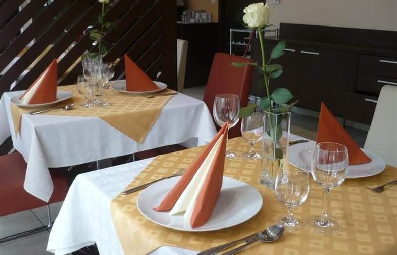 Best Western Hotel Antares - Restaurant - 89