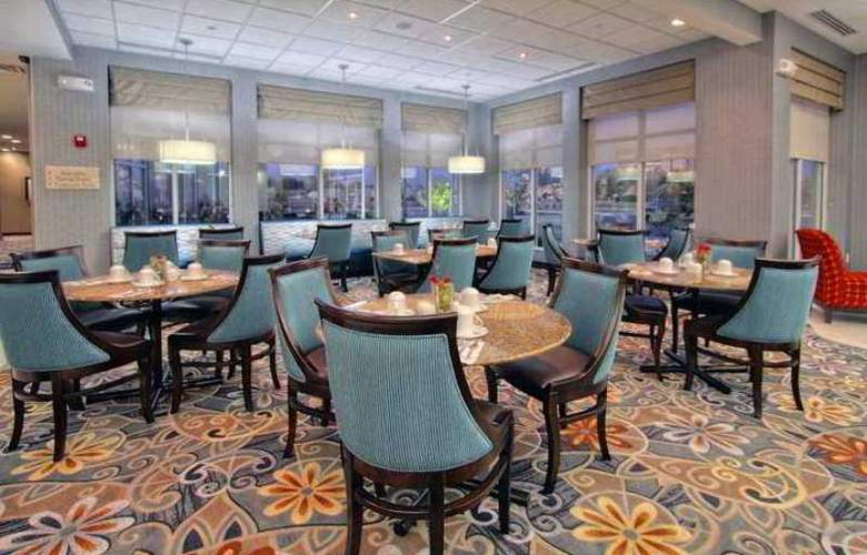 Hilton Garden Inn Tulsa Midtown - Restaurant - 10